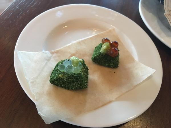 Tate Modern - Cooking in Motion - avocado con alghe e uova di salmone