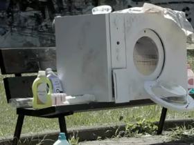 Lavadrici finite male - campagna pubblicitaria di Calgon con Maccio Capatonda