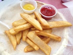 San Francisco - Chees Steak shop - french fries © Alessandra Colucci