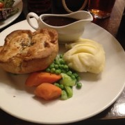 London - Marlborough Arms - pie © Alessandra Colucci